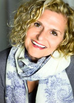 Contact Laura Heselton